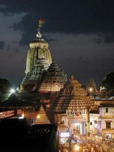 Jagannath_Temple_puri- at night